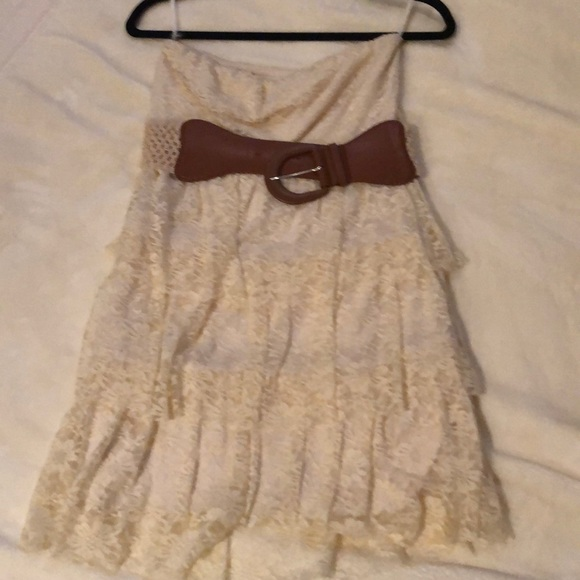 Rue21 Dresses & Skirts - Ruffled lace dress with a belt